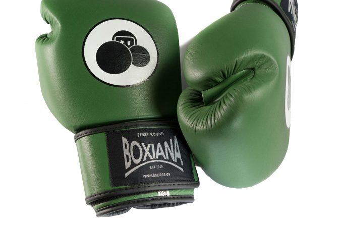 guantes boxeo verdes